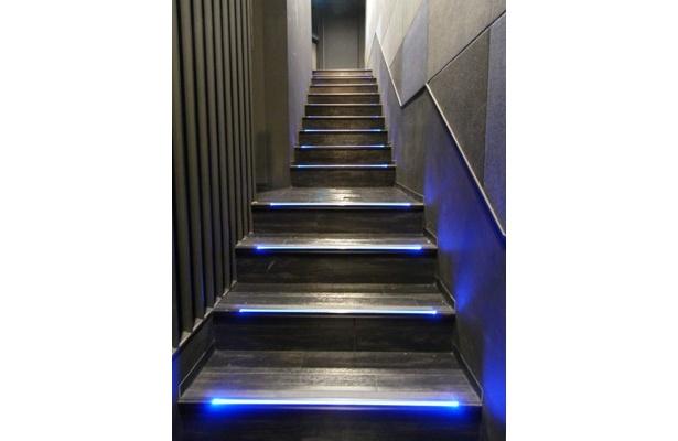 ホール内の階段