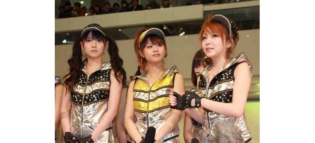 会見では、5月18日(金)の日本武道館公演を映画館でライブ中継することを発表