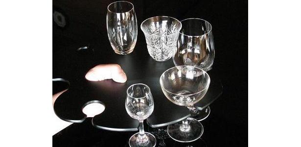 さまざまな形のグラスにも対応する