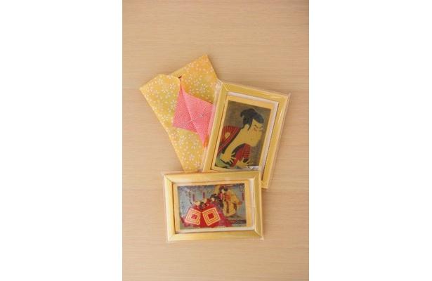 江戸歌舞伎クッキー(1枚550円)は、購入するとプチふろしき包みに入れてくれる