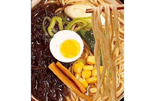 「イトサンのがんじゅう海麺『モズクヌードル』」(1260円)