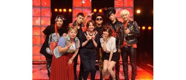 「ストライクミュージック」に登場した渡辺直美、長澤まさみ、大島麻衣(前列左から)とBIGBANG(後列)