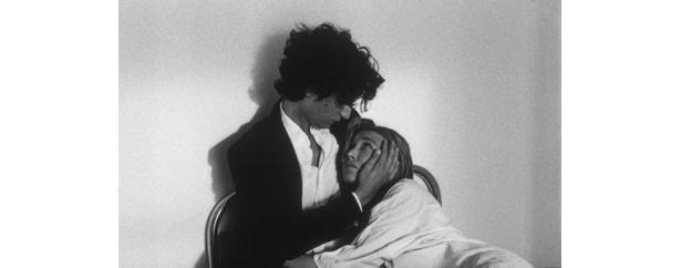 『愛の残像』は2008年のカンヌ国際映画祭コンペティション部門に正式出品された
