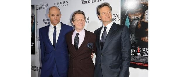 ハリウッドプレミアより。左からマーク・ストロング、ゲイリー・オールドマン、コリン・ファース