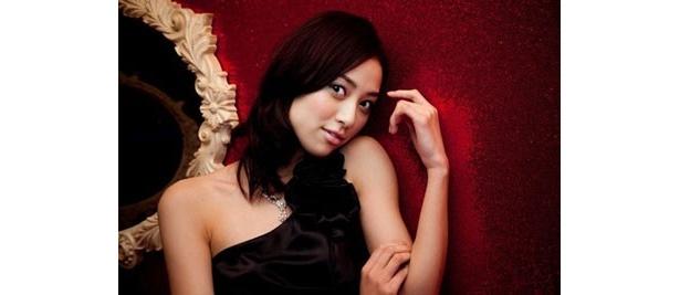 『センチメンタルヤスコ』で主演を務め、大人の女優へと成長した岡本あずさ