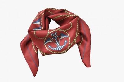 プレゼントに最適なスカーフ(2900円)