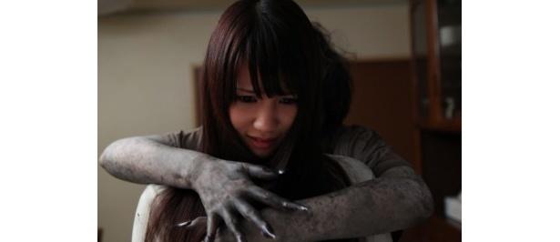 AKB48の鈴木まりやが主演を務める『2ちゃんねるの呪い 新劇場版・本危』