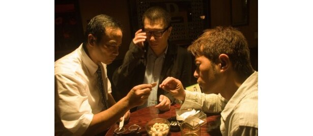 ツイ・ハーク、リンゴ・ラム、ジョニー・トーがリレー形式で撮影した『強奪のトライアングル』