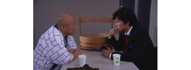 完全新作ストーリーとなる「係長 青島俊作2 事件はまたまた取調室で起きている!」