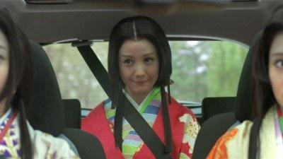 【写真を見る】お初役のトリンドル玲奈さん、お茶々役の吉高由里子さんの写真はこちら