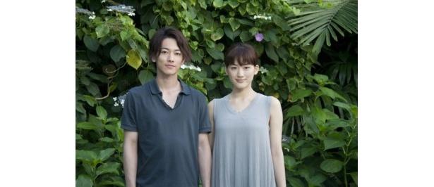 『リアル 完全なる首長竜の日』で主演を務める佐藤健と綾瀬はるか