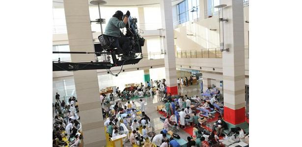 大火災発生で病院が修羅場に!総勢800人のエキストラが協力した岐阜ロケ