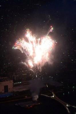 【写真を見る】隅田川花火大会の美麗画像20点はこちら