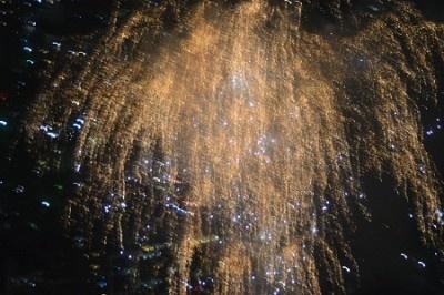 第一、第二会場合わせて、約2万発の花火が打ち上げられた