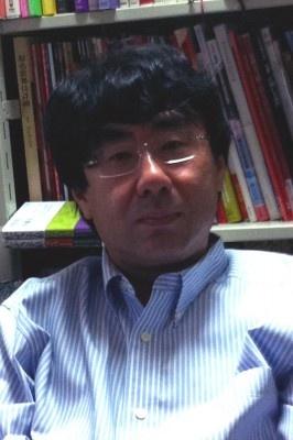 中川右介さん。Twtterアカウントは@NakagawaYusuke