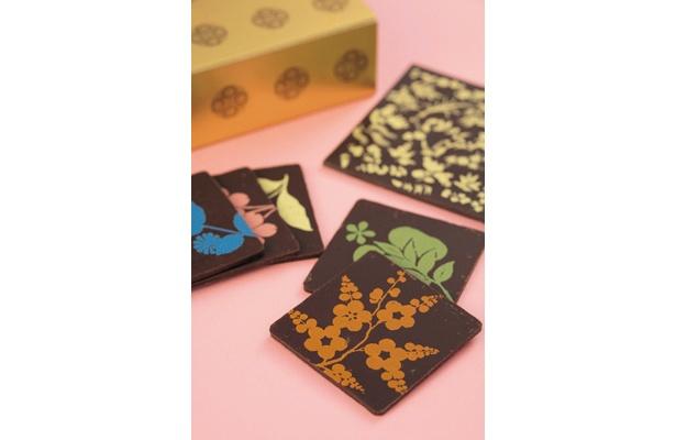 国宝級ショコラ「ショコラ 『浮線綾螺鈿蒔絵手箱』」