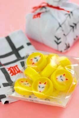 狐と金魚がチャーミング「京東都のアメ」