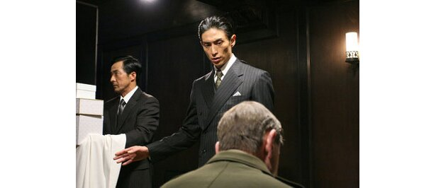 NHKスペシャルドラマ。マッカーサーを叱る白洲次郎