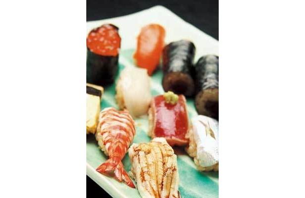 本格江戸前寿司が格安で食べられる!「上にぎり」(2000円・すし栄 木挽町)