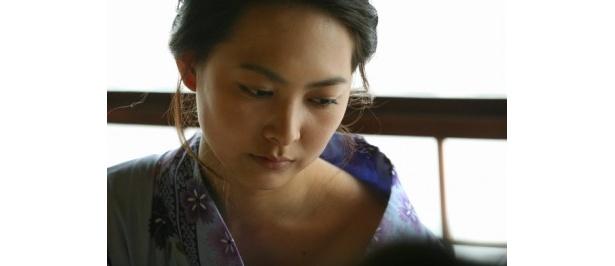 BUNGO〜ささやかな欲望〜 見つめられる淑女たち 「人妻」出演の谷村美月