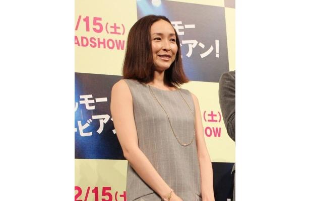 会場からも「出産おめでとう!」と声をかけられた麻生久美子