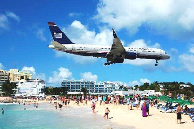 見るからに危険!?カリブ海・セントマーチン島の「マホビーチ」