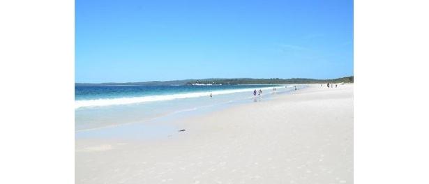 """""""世界一白いビーチ""""としてギネスブックにも登録されたオーストラリアの「ハイアムスビーチ」"""