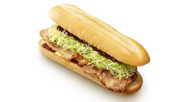 こちらもUENO3153店の限定メニュー。豚肉とトンテキソースが絶妙にマッチ!