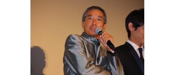 柳葉敏郎扮する室井慎次は警察庁長官官房審議官(警視監)となった