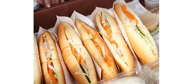 バインミーは、ベトナム風サンドイッチのこと