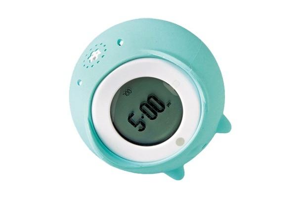 アラームを鳴らしながら部屋中を転がり回り、捕まえないといけない(!?)tocky touch(9450円)。好きな音楽を録音してアラームに設定可能
