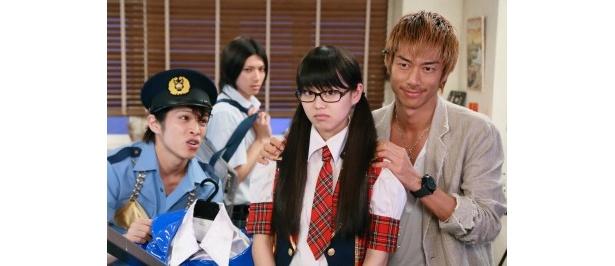 第4話では、朋子(宮崎香蓮)と藤吉(山田裕貴)に夢を追う大切さを説く