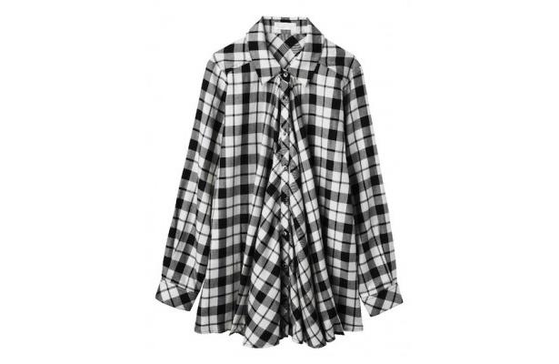 トリンドルさん着用のシックスウェイ チェックシャツ4998円