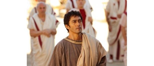 古代ローマ人のルシウスを演じた阿部寛