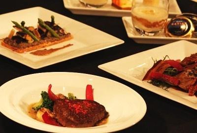 「スカイオーベルジュ BEDD」では山本征治シェフが新しい洋食スタイルを提案