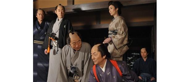 死んだはずの葵小僧(堀部圭亮)と同じ手口の連続殺人事件が発生!