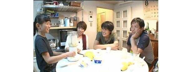 """千原と淳が既婚芸人たちの家に訪問して""""疑似パパ体験""""をすることに"""