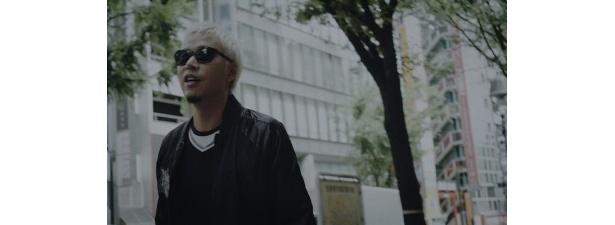 渋谷を歩くILMARI