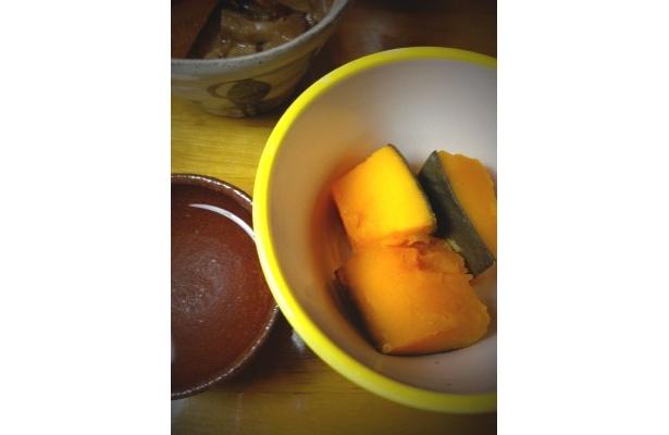 秋野菜の煮物も合います。