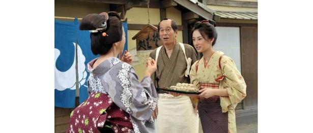 澪の機転で、江戸の人が嫌っていた「戻りガツオ」のご飯も飛ぶように売れる