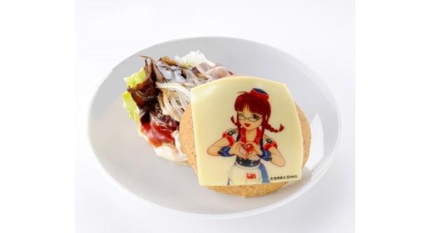 秋月律子がデザインされた「愛 LIKE 765プロ ハンバーガー」(880円)