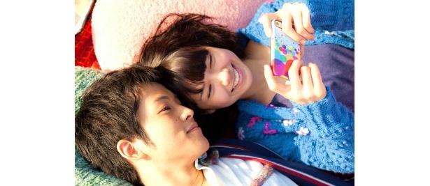 松坂桃李は、モリオの幼なじみ・ミキヒコ役。二階堂ふみとのいちゃいちゃシーンも微笑ましい