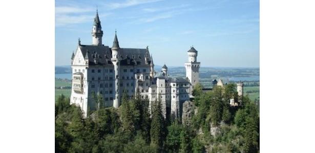 世界一有名な城「ノイシュバンシュタイン城」 !