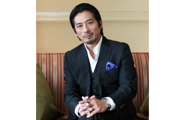 『最終目的地』でアンソニー・ホプキンスと共演した真田広之にインタビュー!