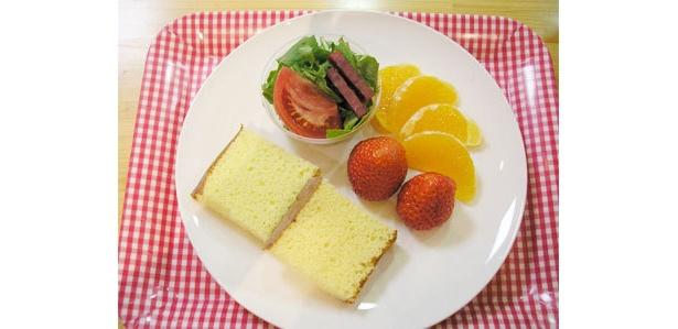 20食限定「贅沢フルーツのランチ」(500円)