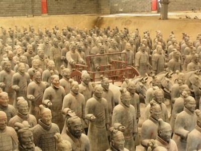 中国の兵馬俑を完全再現!
