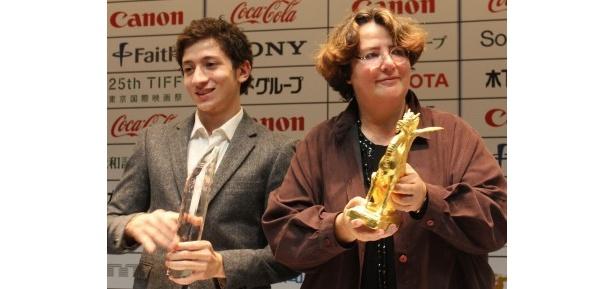 グランプリ作品『もうひとりの息子』のロレーヌ・レヴィ監督と出演のジュール・シトリュク