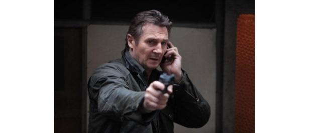 元CIA秘密工作員の主人公ブライアン・ミルズを演じるリーアム・ニーソン