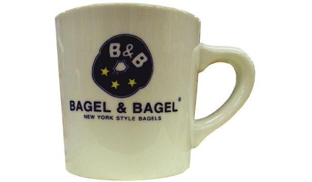オープンキャンペーンで当たる「BAGLE&BGLE」オリジナルマグカップ