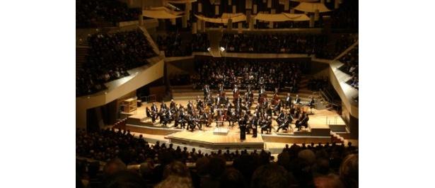 ベルリン・フィルハーモニー管弦楽団による迫力の演奏を大画面で楽しもう